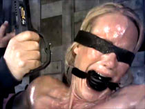 Simone Sonay in Infernal Restraints